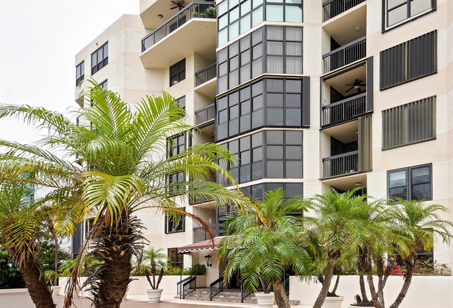 Real Estate Photography - 1155 Hillsboro Mile, 107, Hillsboro Beach, FL, 33062 - Front View