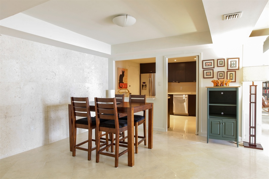 Real Estate Photography - 1 Grove Isle Dr, A1207, Coconut Grove, FL, 33133 - Dining Room
