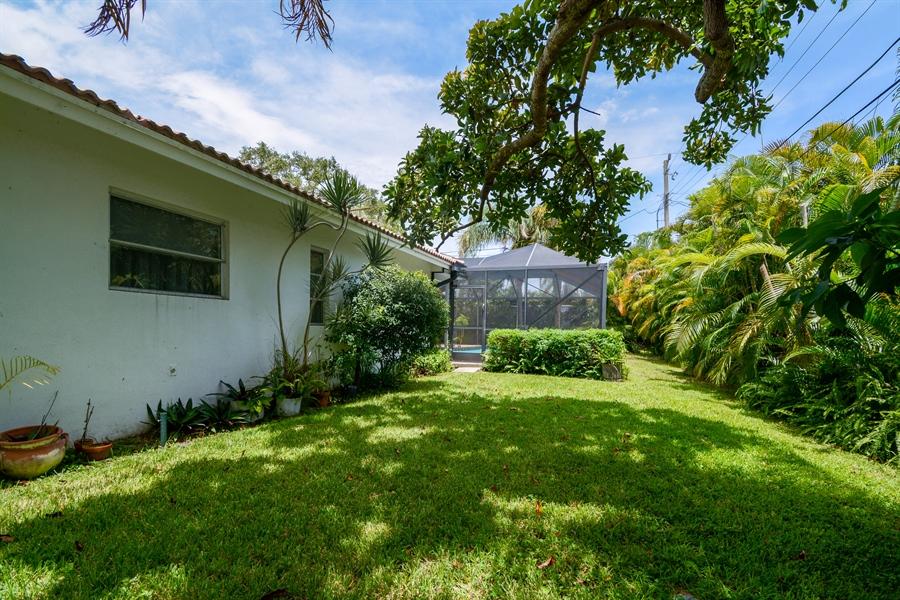 Real Estate Photography - 1000 NW 6th Ter, Boca Raton, FL, 33486 - Back Yard