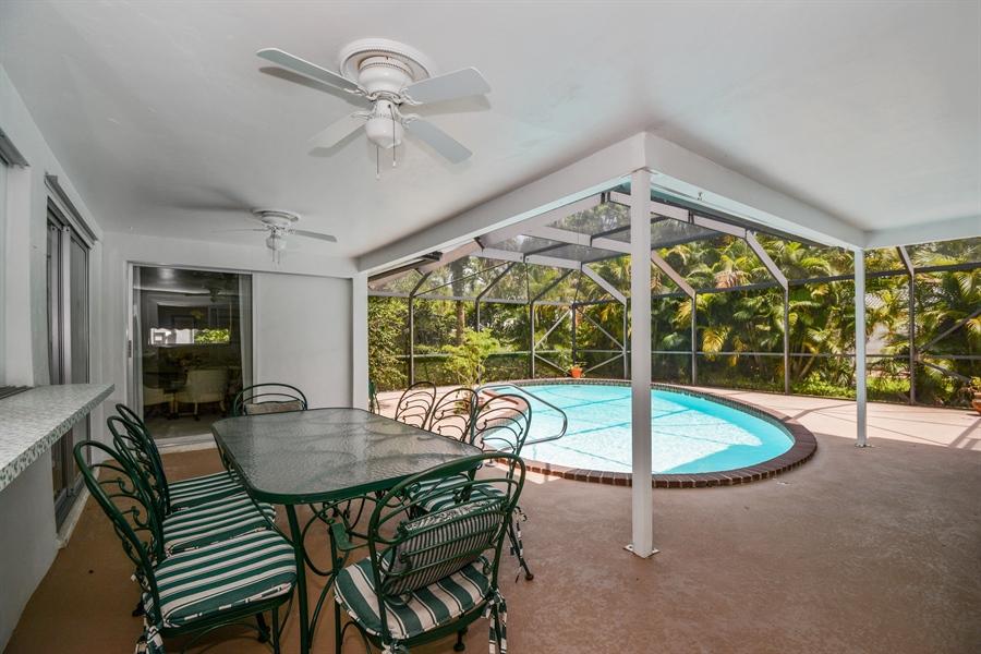 Real Estate Photography - 1000 NW 6th Ter, Boca Raton, FL, 33486 - Patio