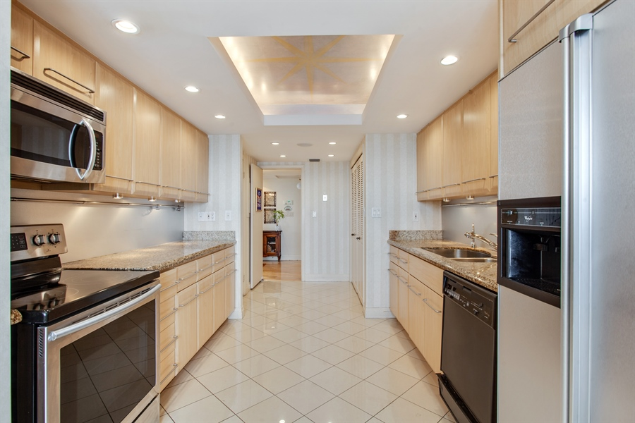 Real Estate Photography - 3 Grove Isle Dr, C1402, Miami, FL, 33133 - Kitchen