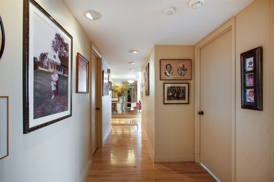 Real Estate Photography - 3 Grove Isle Dr, C1402, Miami, FL, 33133 - Hallway