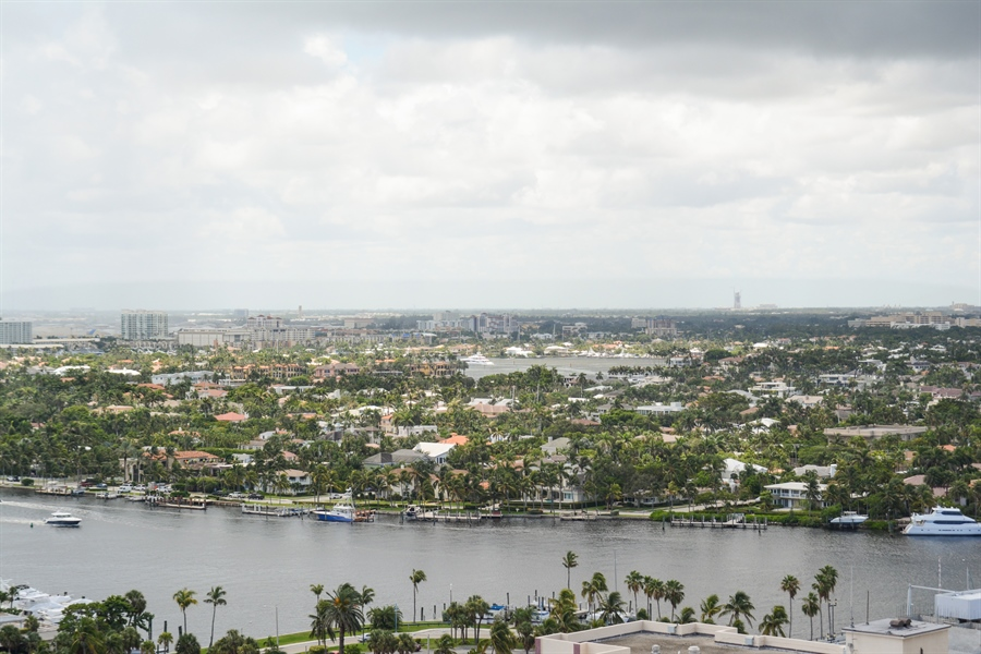 Real Estate Photography - 101 S. FORT LAUDERDALE BEACH BLVD, 2202, FORT LAUDERDALE, FL, 33316 - View