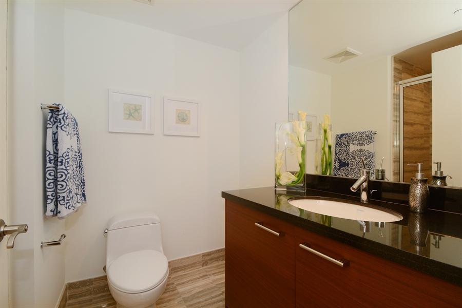 Real Estate Photography - 101 S. FORT LAUDERDALE BEACH BLVD, 2202, FORT LAUDERDALE, FL, 33316 - Bathroom
