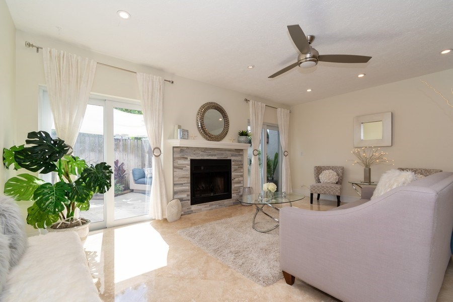 Real Estate Photography - 810 SE 2nd street, #A, Ft Lauderdale, FL, 33301 - Living Room