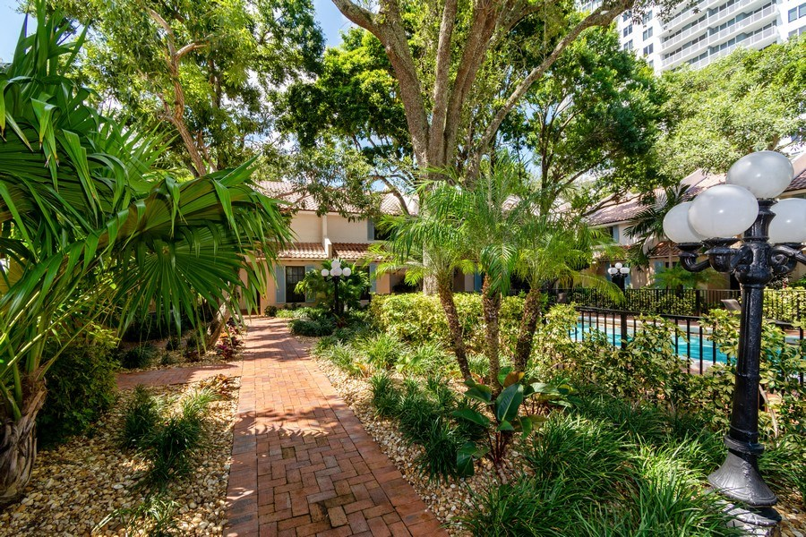 Real Estate Photography - 810 SE 2nd street, #A, Ft Lauderdale, FL, 33301 - Location 1