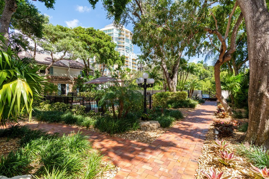 Real Estate Photography - 810 SE 2nd street, #A, Ft Lauderdale, FL, 33301 - Location 2