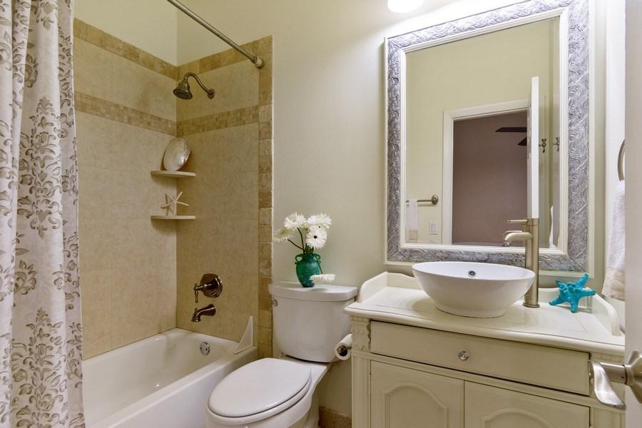 Real Estate Photography - 810 SE 2nd street, #A, Ft Lauderdale, FL, 33301 - Bathroom