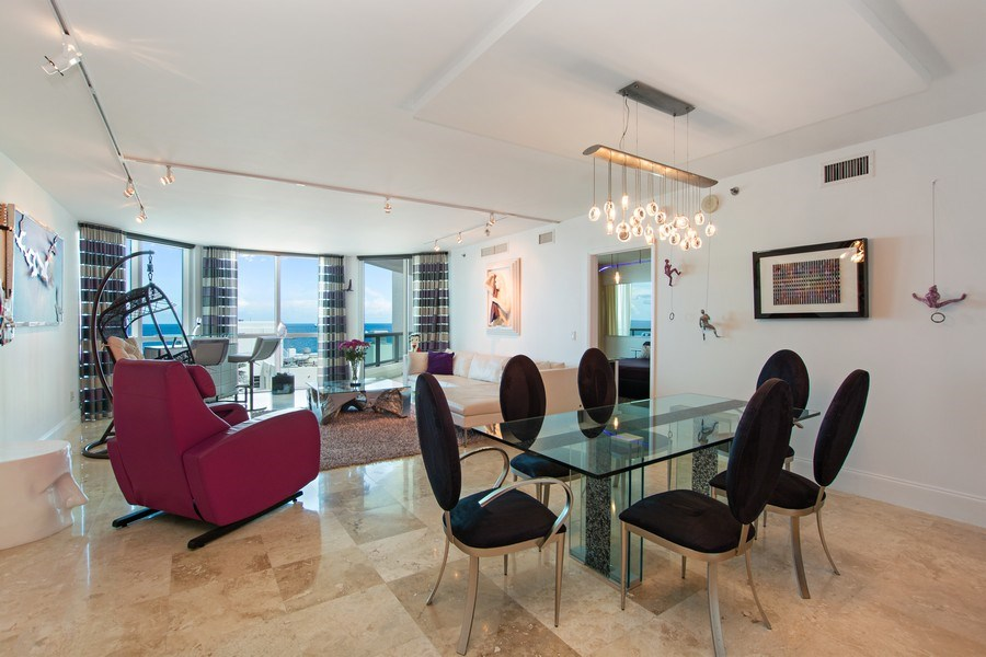Real Estate Photography - 101. S FORT LAUDERDALE BEACH BLVD #1002, APT 1002, FORT LAUDERDALE, FL, 33065 - Great Room