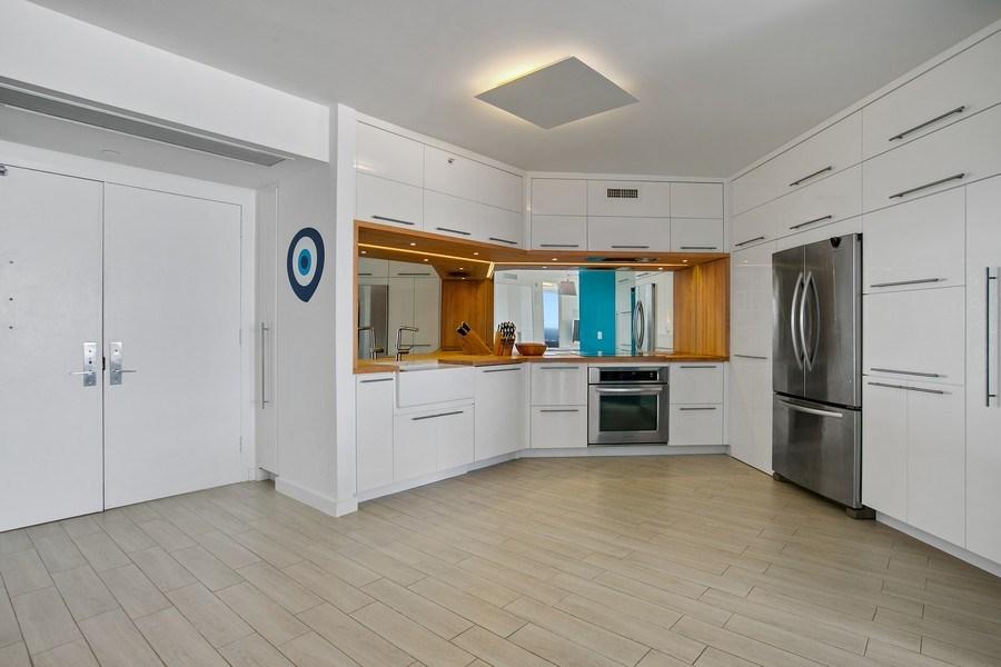Real Estate Photography - 4775 Collins Ave, 2102, Miami Beach, FL, 33140 - Kitchen