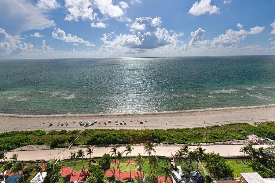 Real Estate Photography - 4775 Collins Ave, 2102, Miami Beach, FL, 33140 - Ocean View