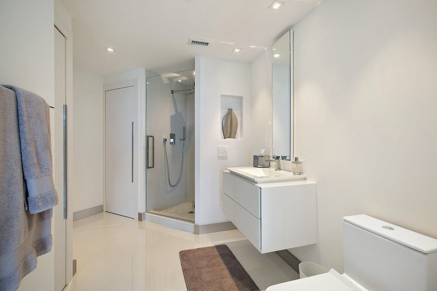 Real Estate Photography - 4775 Collins Ave, 3002, Miami Beach, FL, 33140 - 2nd Bathroom