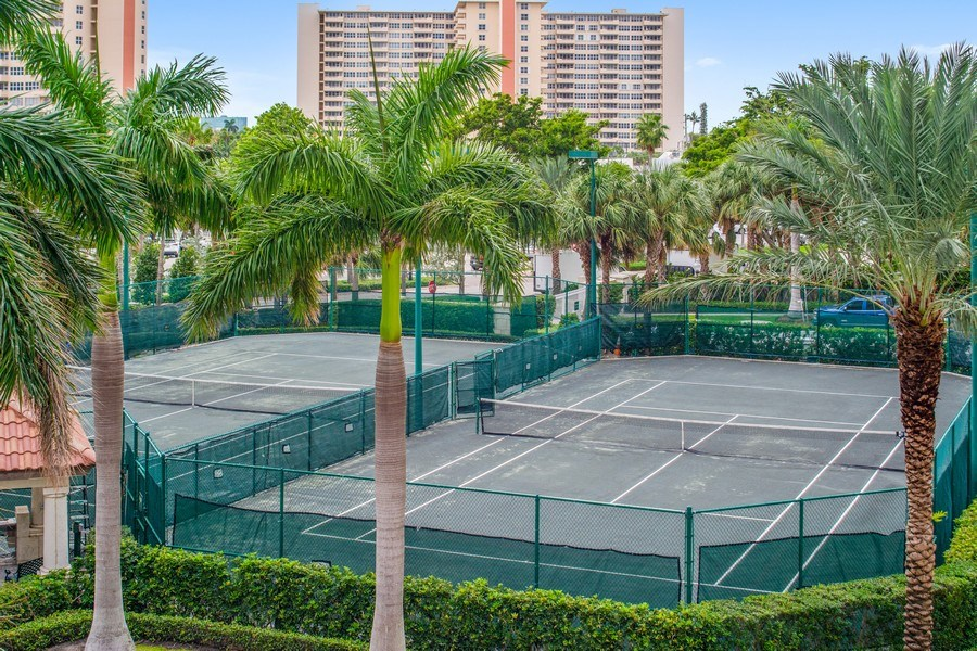 Real Estate Photography - 3100 N Ocean Blvd, Unit 510, Fort Lauderdale, FL, 33308 - Tennis Court