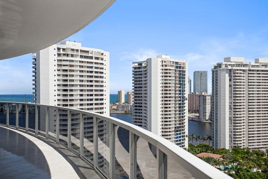 Real Estate Photography - 4100 Island Blvd. #2001, Aventura, FL, 33160 - View