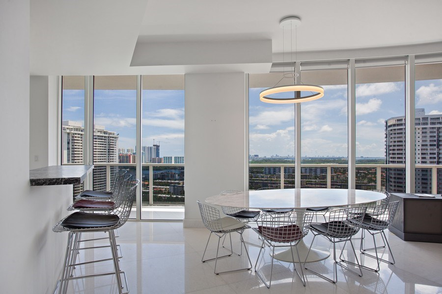 Real Estate Photography - 4100 Island Blvd. #2001, Aventura, FL, 33160 - Dining Area