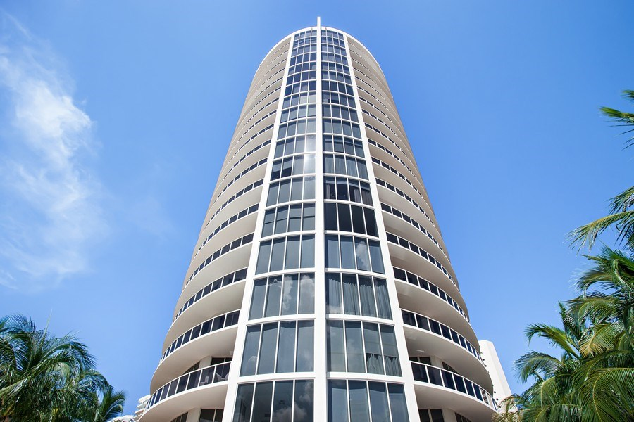 Real Estate Photography - 4100 Island Blvd. #2001, Aventura, FL, 33160 - Front View