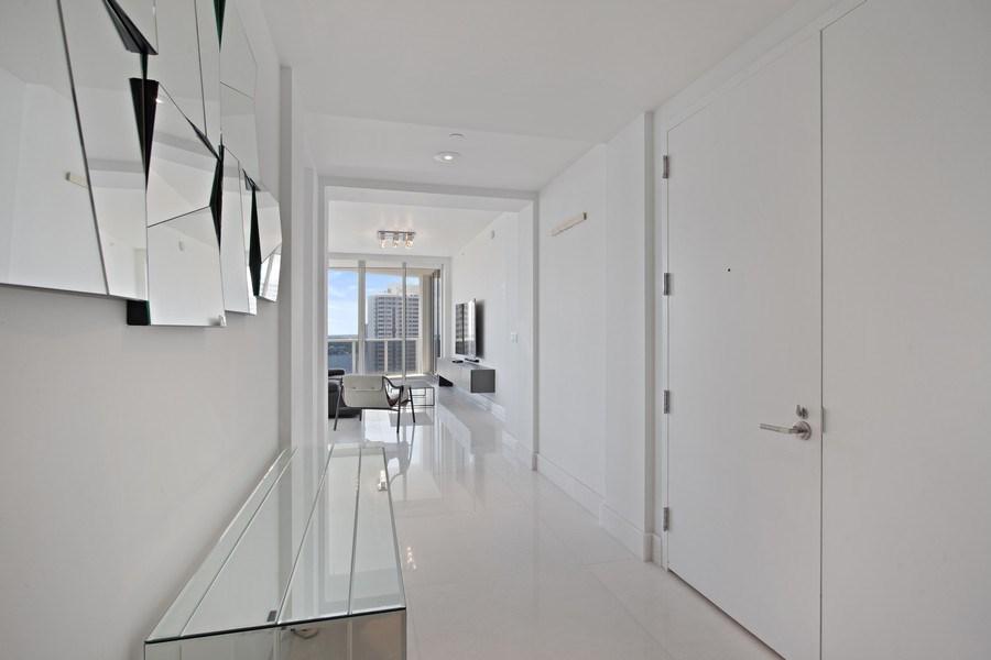 Real Estate Photography - 4100 Island Blvd. #2001, Aventura, FL, 33160 - Entryway