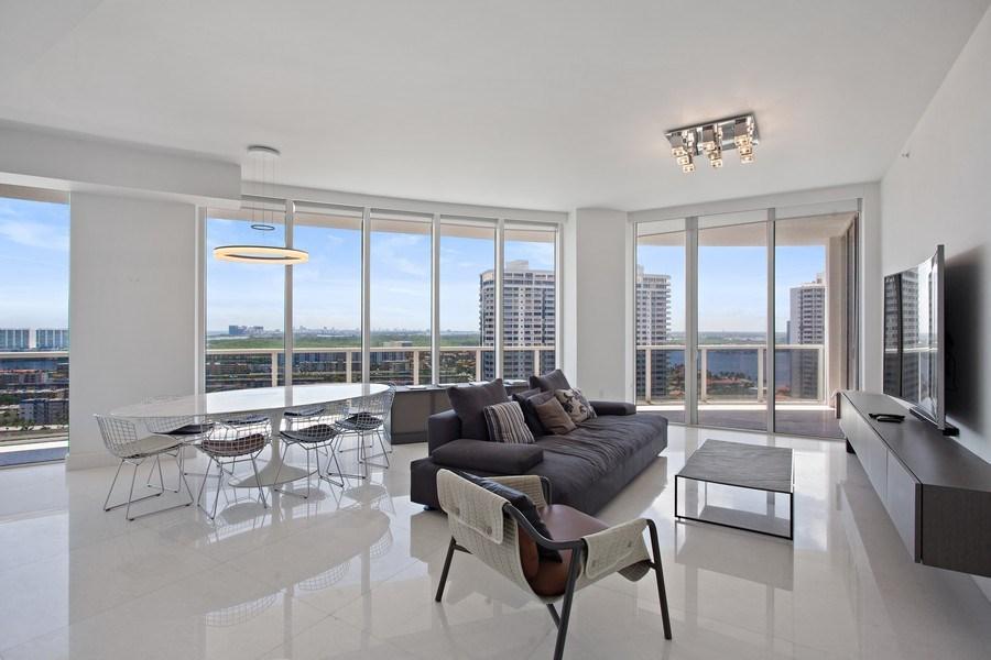 Real Estate Photography - 4100 Island Blvd. #2001, Aventura, FL, 33160 - Living Room / Dining Room