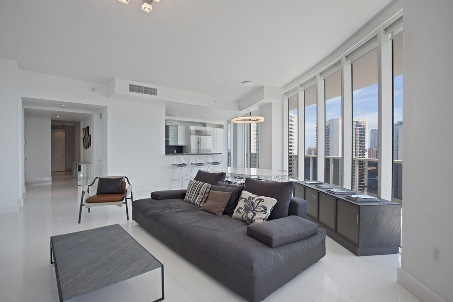 Real Estate Photography - 4100 Island Blvd. #2001, Aventura, FL, 33160 - Living Room/Dining Room