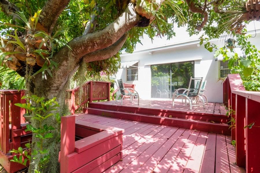 Real Estate Photography - 1505 NE 5th Ave, Boca Raton, FL, 33432 - Terrace