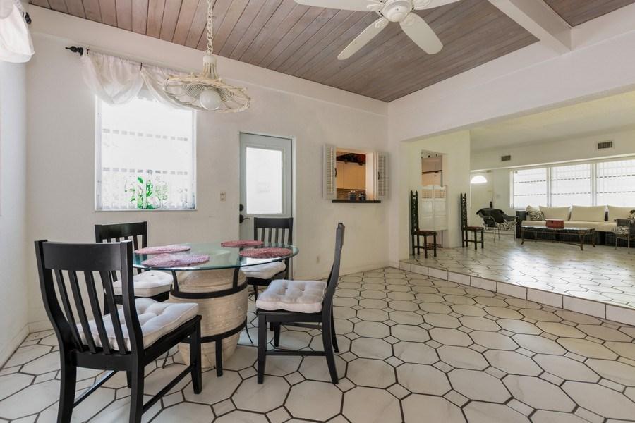 Real Estate Photography - 1505 NE 5th Ave, Boca Raton, FL, 33432 - Dining Room