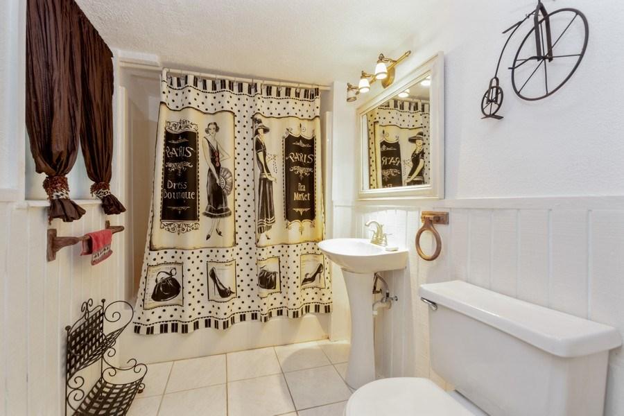 Real Estate Photography - 1505 NE 5th Ave, Boca Raton, FL, 33432 - 3rd Bath