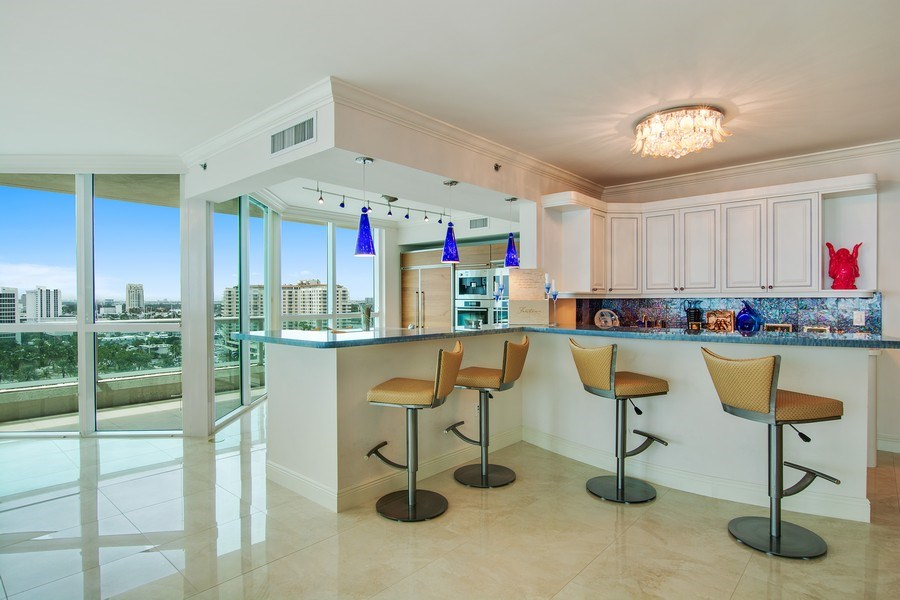 Real Estate Photography - 101 S Fort Lauderdale Beach Blvd, 1201, Fort Lauderdale, FL, 33316 - Bar