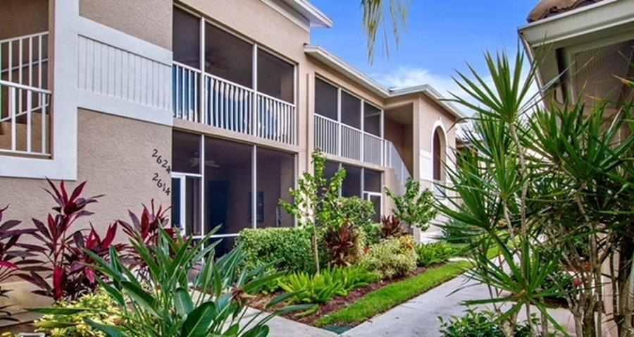 Real Estate Photography - 3860 Sawgrass Way, 2625, Naples, FL, 34112 -