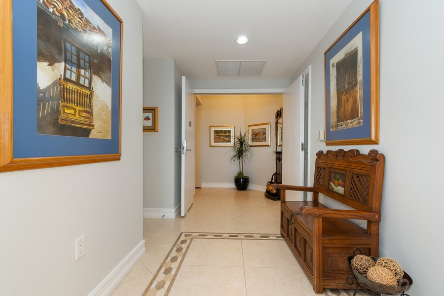 Real Estate Photography - 6051 N Ocean Drive, Unit 603, Hollywood, FL, 33019 - Foyer