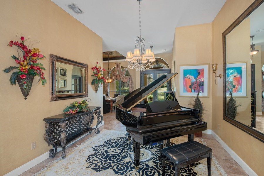 Real Estate Photography - 779 Mills Estate Pl, Chuluota, FL, 32766 - Living Room