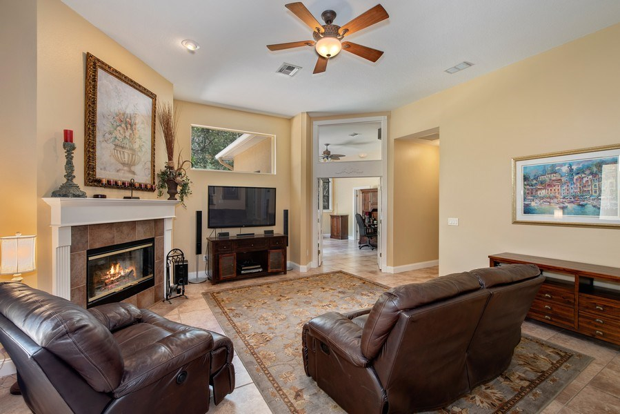 Real Estate Photography - 779 Mills Estate Pl, Chuluota, FL, 32766 - Family Room