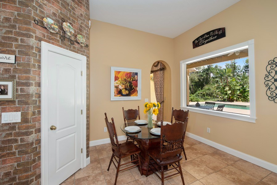 Real Estate Photography - 779 Mills Estate Pl, Chuluota, FL, 32766 - Breakfast Nook
