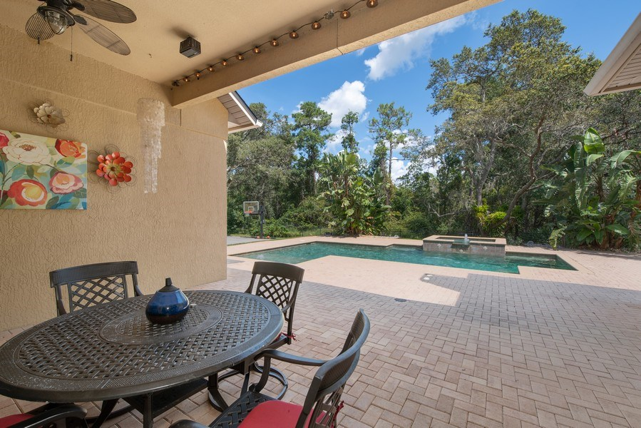 Real Estate Photography - 779 Mills Estate Pl, Chuluota, FL, 32766 - Patio