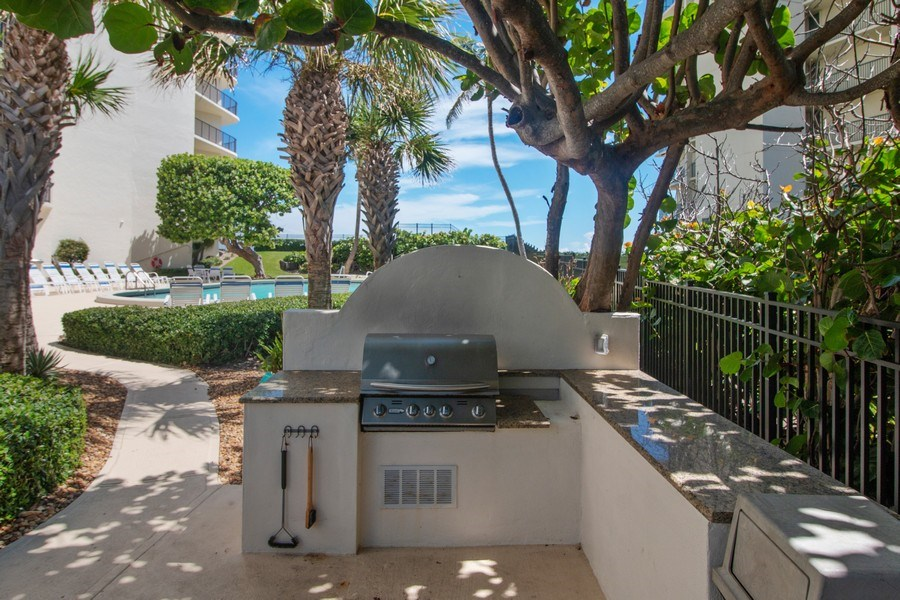 Real Estate Photography - 5420 N Ocean Dr., 2003, Singer Island, FL, 33404 - Barbeque / Picnic Area
