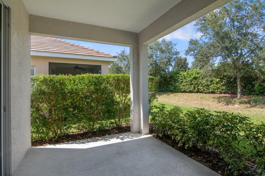 Real Estate Photography - 5340 Fairfield Blvd, Bradenton, FL, 34203 - Patio