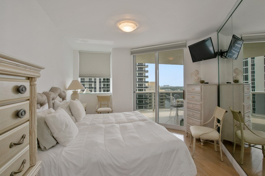 Real Estate Photography - 4779 Collins Ave, Apt 1904, Miami Beach, FL, 33140 - 2nd Bedroom