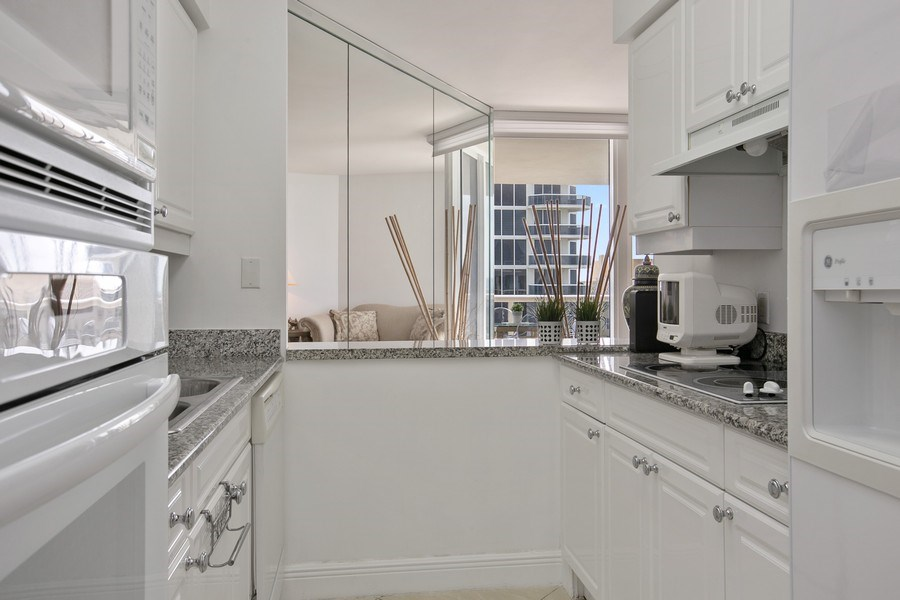 Real Estate Photography - 4779 Collins Ave, Apt 1904, Miami Beach, FL, 33140 - Kitchen