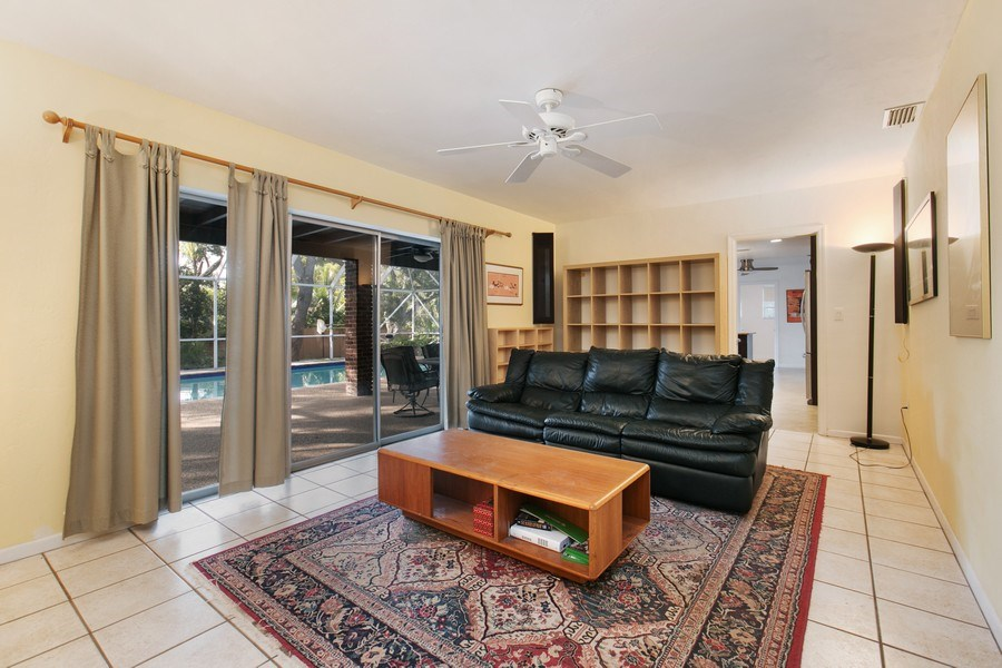 Real Estate Photography - 17420 SW 86th Ave, Palmetto Bay, FL, 33157 - Family Room