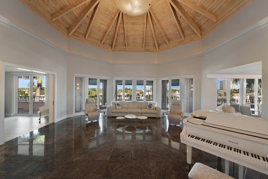 Real Estate Photography - 100 SE 5th Ave, Ph 1, Boca Raton, FL, 33432 - Living Room