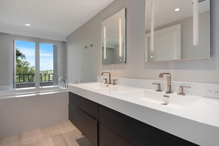 Real Estate Photography - 100 SE 5th Ave, Ph 1, Boca Raton, FL, 33432 - Master Bathroom