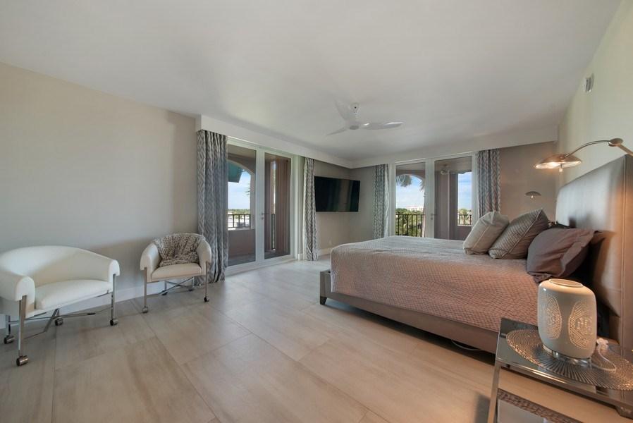 Real Estate Photography - 100 SE 5th Ave, Ph 1, Boca Raton, FL, 33432 - Master Bedroom