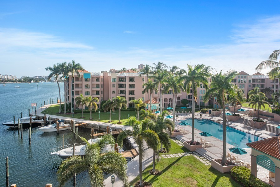 Real Estate Photography - 100 SE 5th Ave, Ph 1, Boca Raton, FL, 33432 - View
