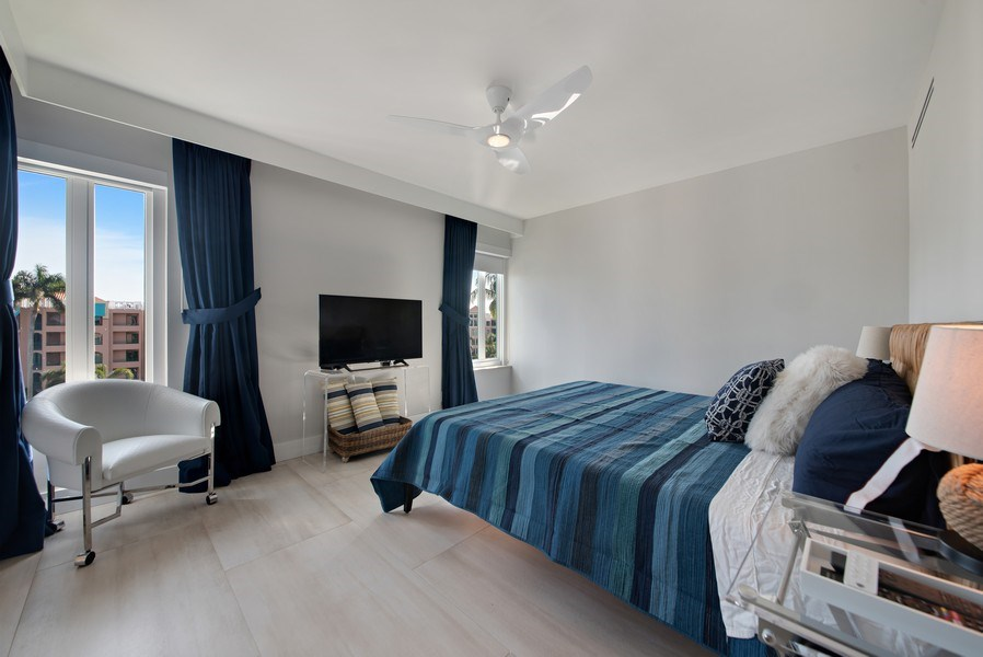 Real Estate Photography - 100 SE 5th Ave, Ph 1, Boca Raton, FL, 33432 - Bedroom