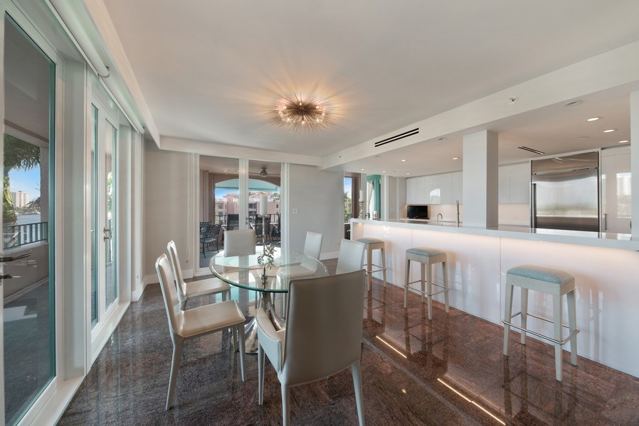 Real Estate Photography - 100 SE 5th Ave, Ph 1, Boca Raton, FL, 33432 - Kitchen / Dining Room