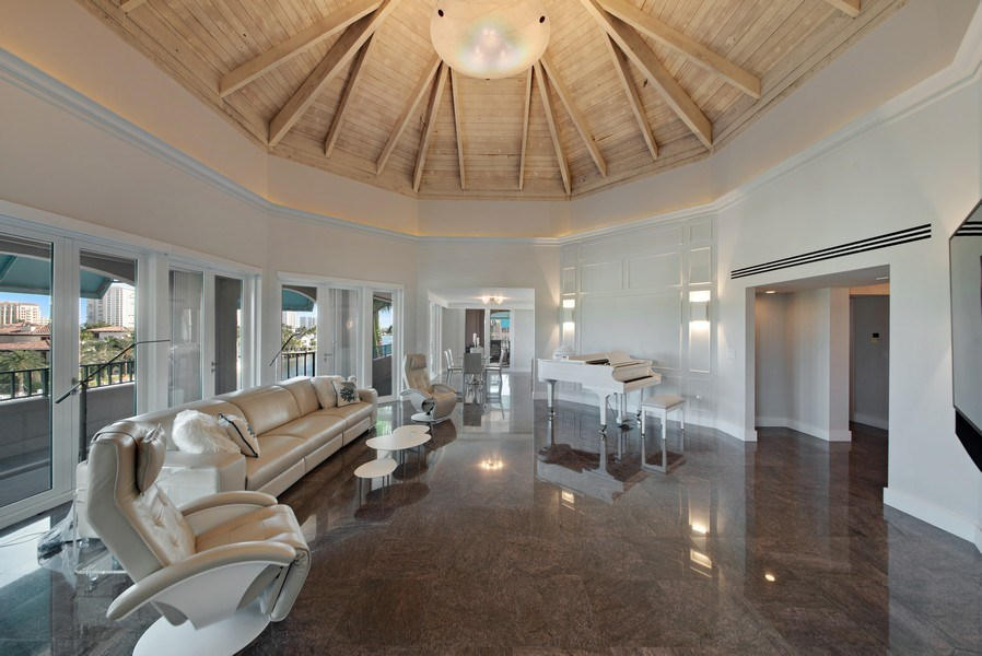 Real Estate Photography - 100 SE 5th Ave, Ph 1, Boca Raton, FL, 33432 - Living Room / Dining Room