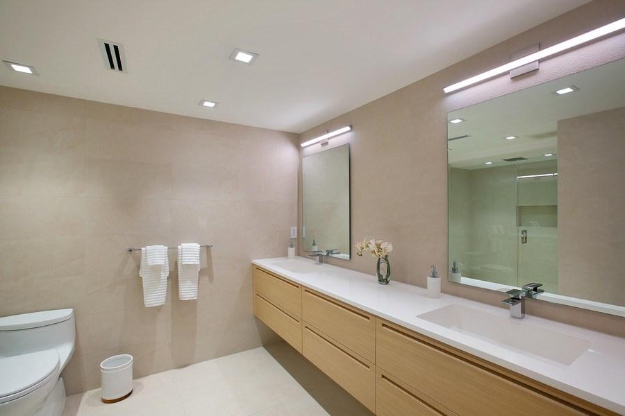 Real Estate Photography - 881 Ocean Dr, Penthouse 27E, Key Biscayne, FL, 33149 - Master Bathroom