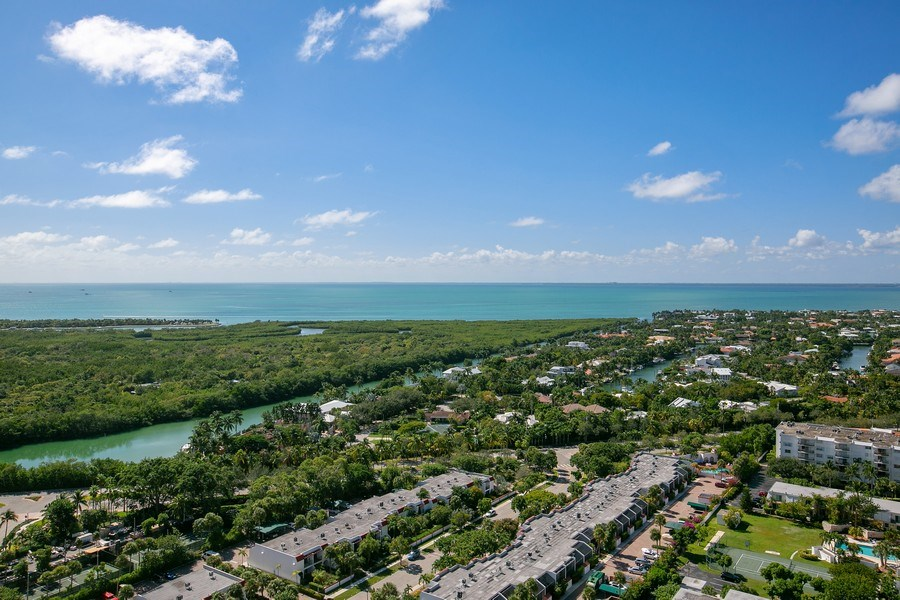 Real Estate Photography - 881 Ocean Dr, Penthouse 27E, Key Biscayne, FL, 33149 - BISCAYNE BAY VIEW FROM PH 27E