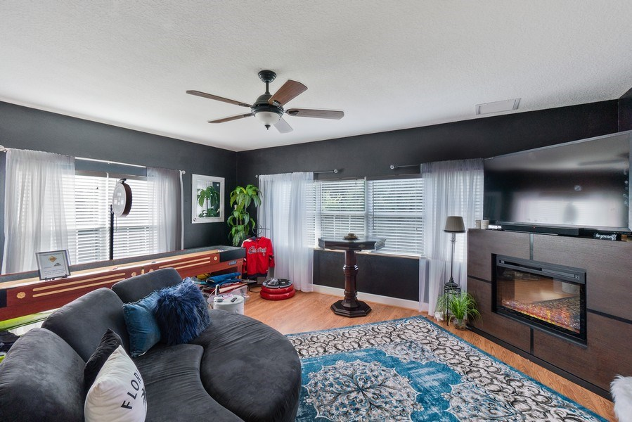 Real Estate Photography - 10445 Canary Isle Dr, Tampa, FL, 33647 - Gameroom