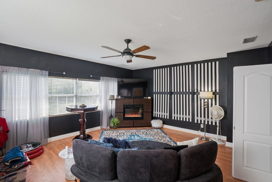 Real Estate Photography - 10445 Canary Isle Dr, Tampa, FL, 33647 - Family Room