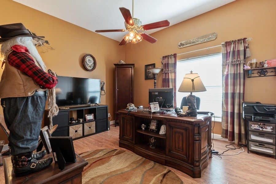 Real Estate Photography - 10445 Canary Isle Dr, Tampa, FL, 33647 - Den